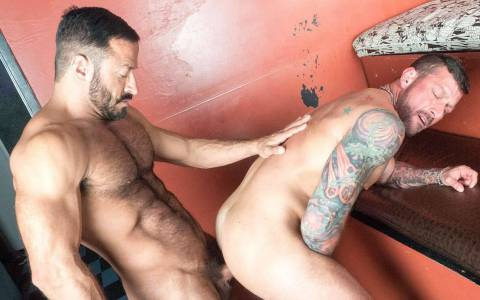 Hugh Hunter & Vinnie Stefano at Bareback That Hole