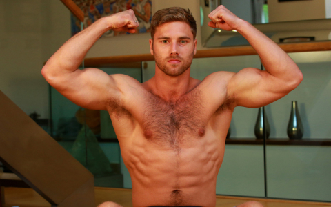 Rugby Hunk Tom Laswon