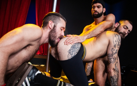 "Stephen Harte & Ziggy Banks Spit-Roast Fuck Tegan Zayne in ""Otter Erotic"""