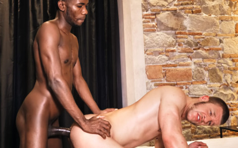 Caleb King Rides Devon Lebron's Monster Cock