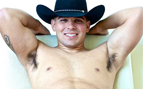 Beefy Cowboy Unloads His Nuts
