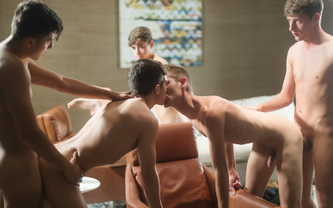 """""""Vegas Nights"""" Wraps with Seven-Guy Orgy"""