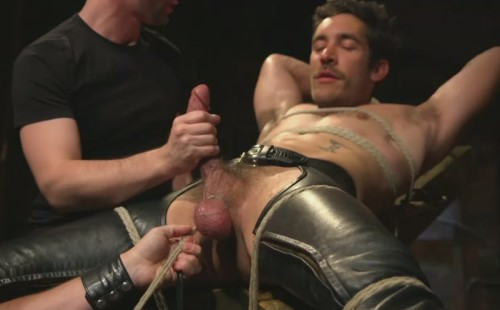 Dale Cooper - Muscular Leather Stud Slowly Edged