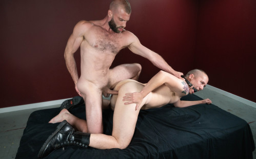 Donnie Argento dominates James Darling's ass at Bromo