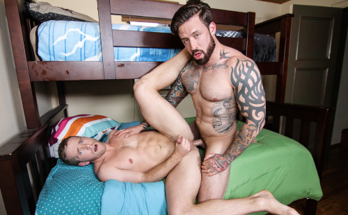 Jordan Levine Tops Scott Riley