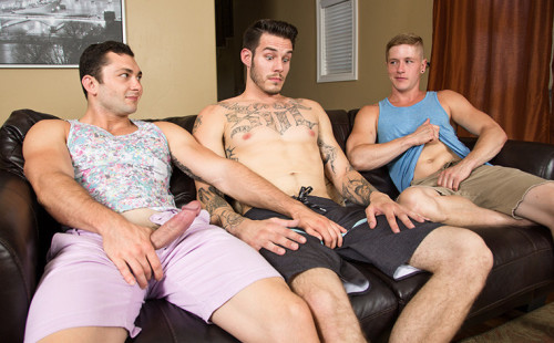 Bareback threesome with Johnny Riley, Chris Blades, TJ Lee!