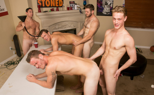 Four Mates Have A Raw Orgy In Their Dorm Room