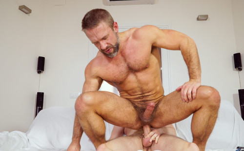 Hairy muscle daddy Dirk Caber rides Tim Kruger's huge dick