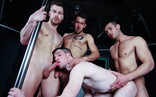 Igor, Jack and Dante double-penetrate Thyle's hole