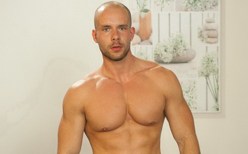 An Erotic Performance From Muscled Hunk Marek