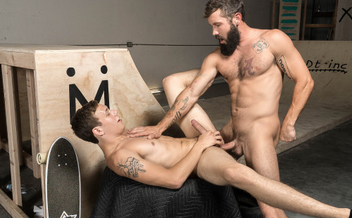 Zane gets his ass pounded raw by Jeff Powers at Bromo