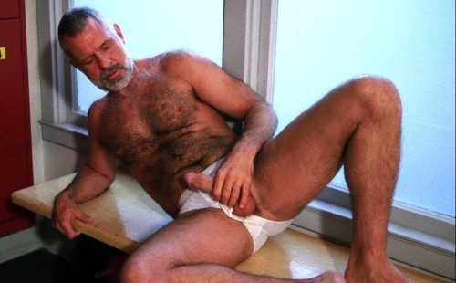 Check Out This Hot Hairy Daddy