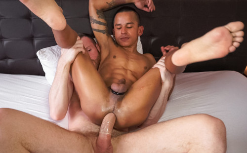 Christo Banderas takes every inch of Tim Kruger's big cock